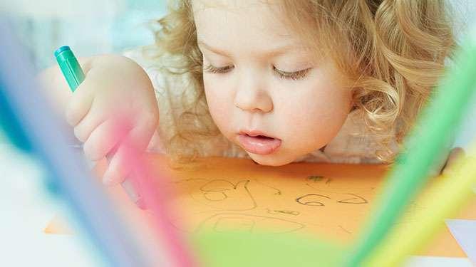 Anna lapselle tilaa ja aikaa touhuta omiaan. (Kuva: Crestock)