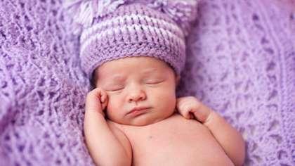 Vauva Nukkuu Levottomasti