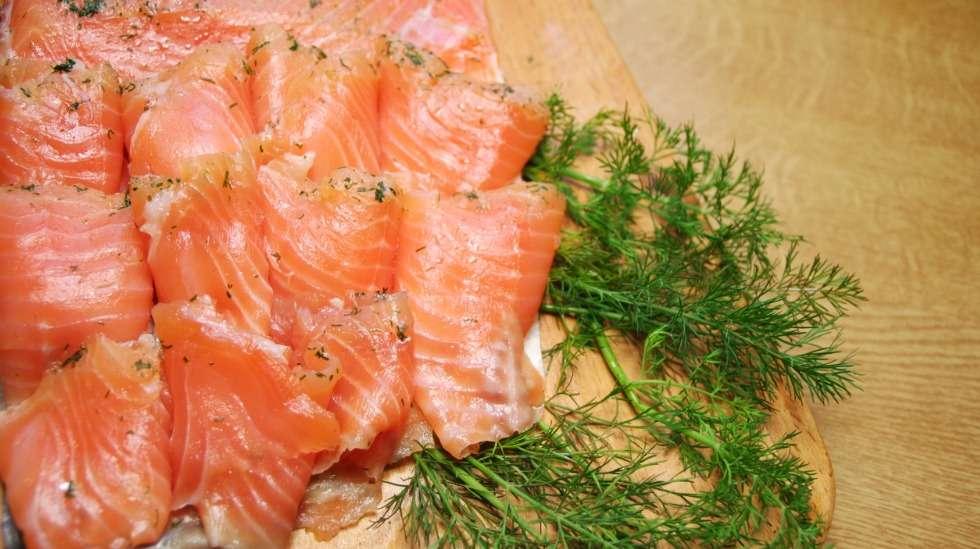 Graavilohi on yksi listerian mahdollisista riskiraaka-aineista – odottajan kannattaa jättää se syömättä. Kuva: iStock