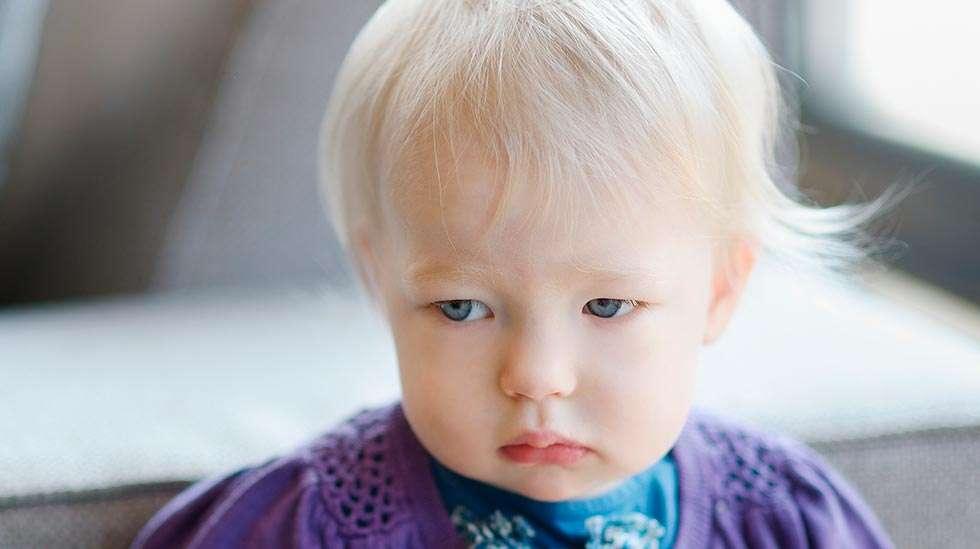 Mitä pienempi lapsi on, sitä suurempi merkitys vanhemman ja lapsen välisellä vuorovaikutuksella on lapsen psyykkiselle hyvinvoinnille. (Kuva: Shutterstock)
