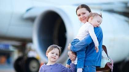 Mietitkö usein, kuinka kanssamatkustajat suhtautuvat itkevään lapseesi julkisessa kulkuneuvossa?