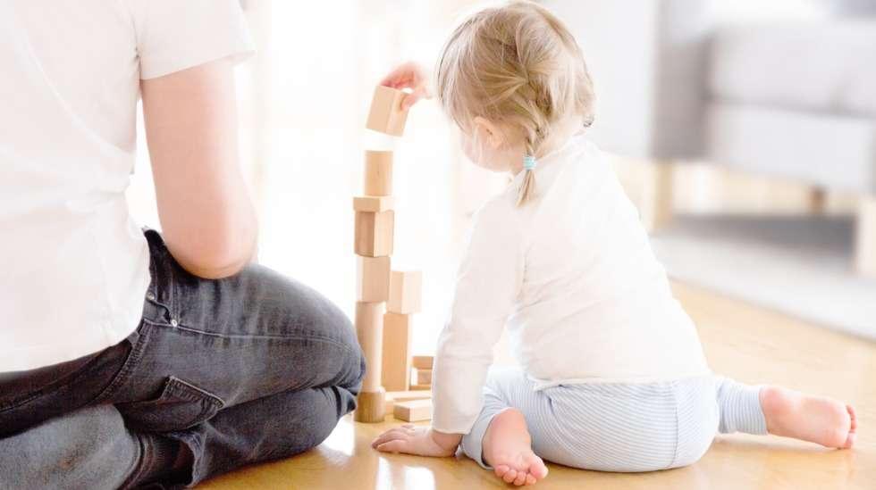Rakennuspalikat ovat erinomainen ja pitkäikäinen lelu lapselle. Ne harjoittavat hienomotoriikkaa ja kärsivällisyyttä.