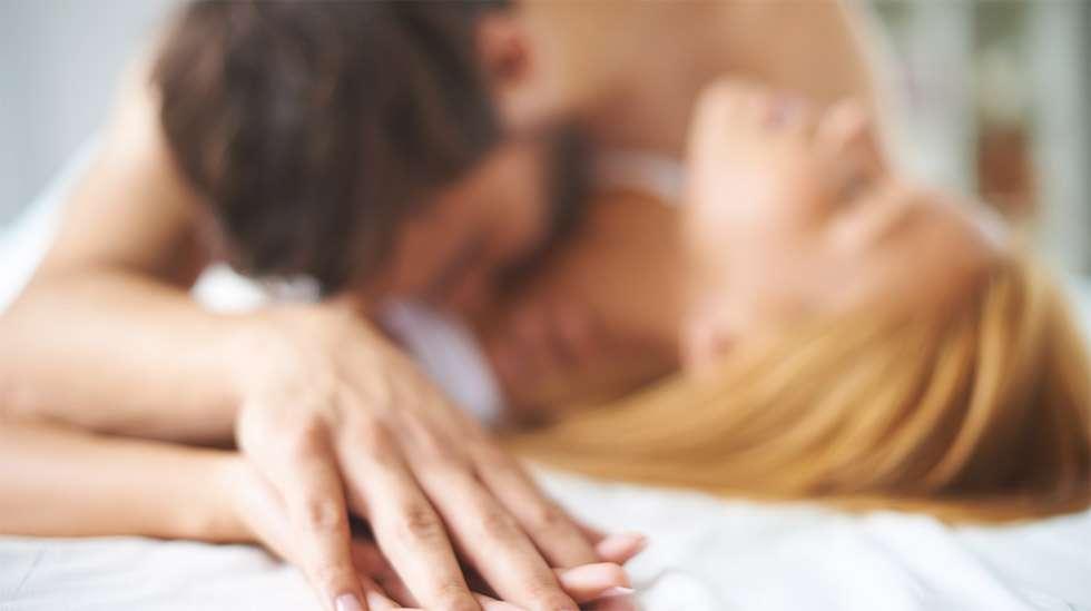 Mies ei aina ehdi keskeyttää yhdyntää ennen siemensyöksyä. Kuva: iStock