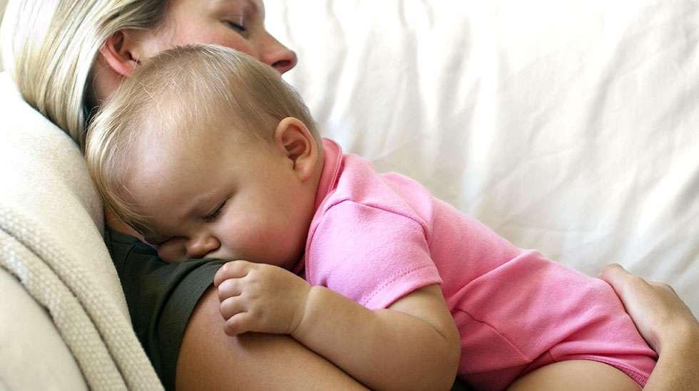 Äidin ja vauvan sydämet lyövät samaan tahtiin