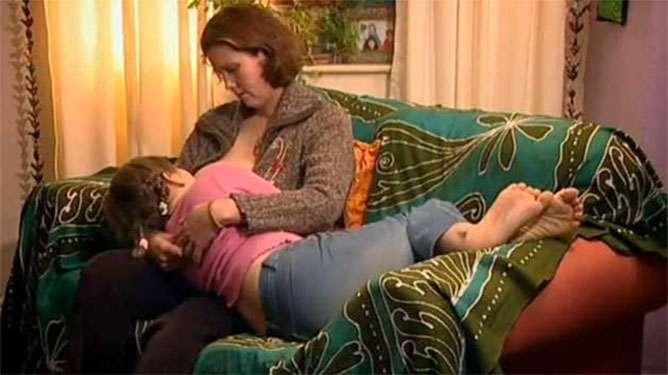 Veronica ja Eliza (Kuva: YouTube)