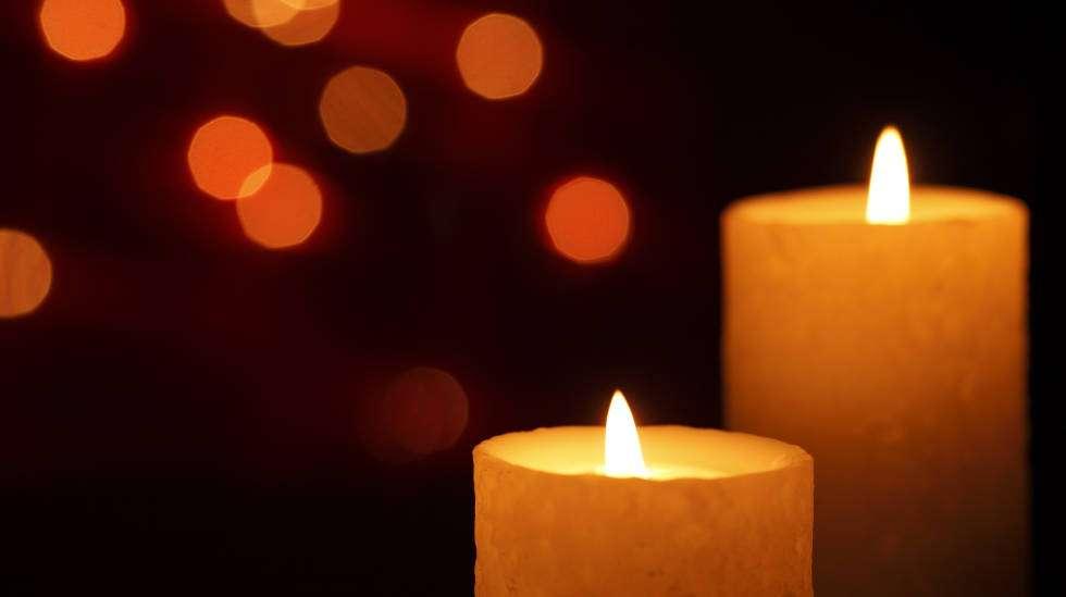 Kaunis tähtiloisteinen jouluyö saa kaipaamaan ikuisuutta. (Kuva: Shutterstock)