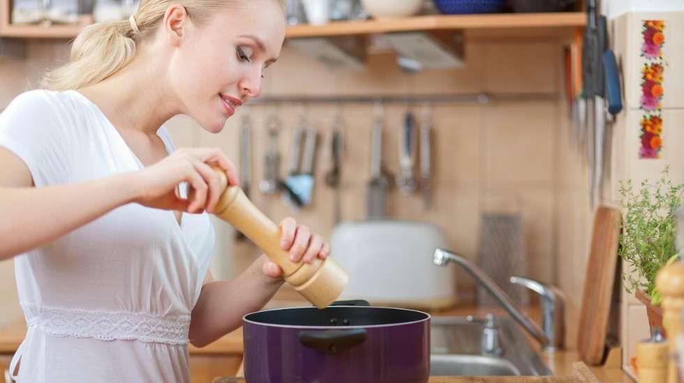 Jodioituun suolaan kannattaa siirtyä jo ennen raskauden alkamista.