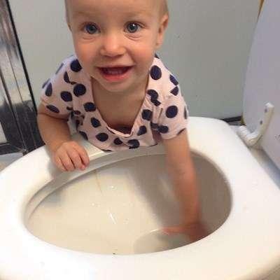 Lapset nyt vain tykkäävät vesileikeistä. Kuva: @em_chip