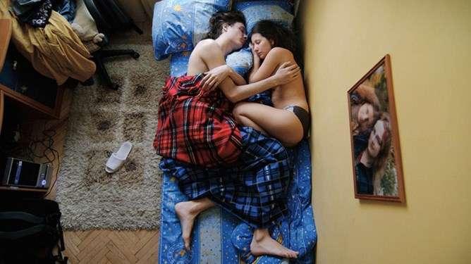 Varhaisaamun tunnelmakuvat kertovat tarinaa nykyisestä ja tulevasta sukupolvesta. Kuvat: Jana Romanova