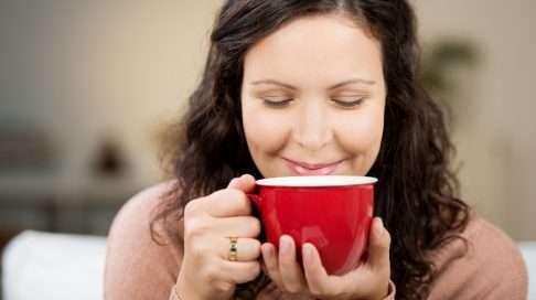 Kuinka paljon kahvia saa juoda imetysaikana? Kuva: Shutterstock