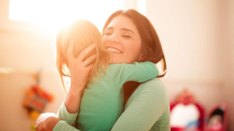Hei hei kulta, ja hauskaa hoitopäivää! Iltapäivällä nähdään taas! Kuva: iStock