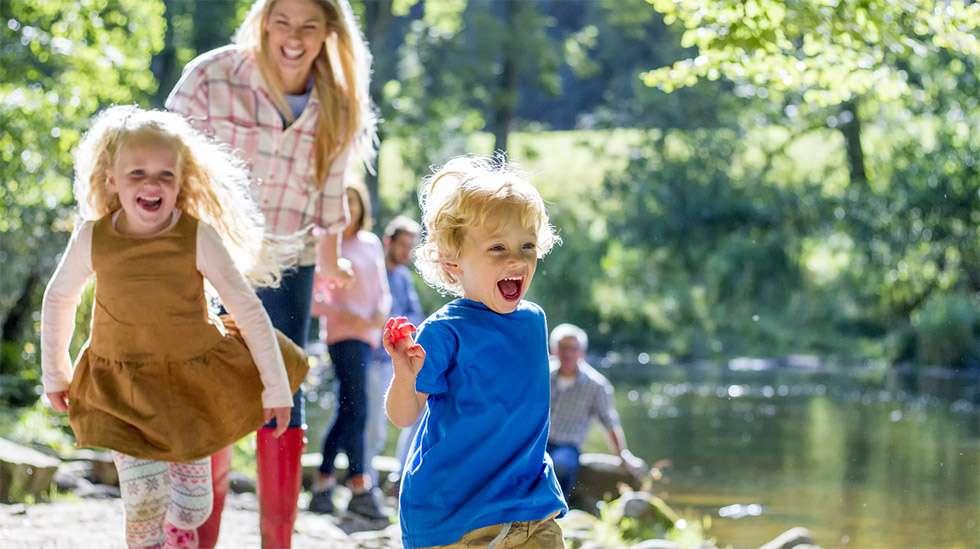 Ajatus ihanasta perhearjesta saattaa häilyä yhtenä motiivina lapsia suunniteltaessa. (Kuva: iStock)