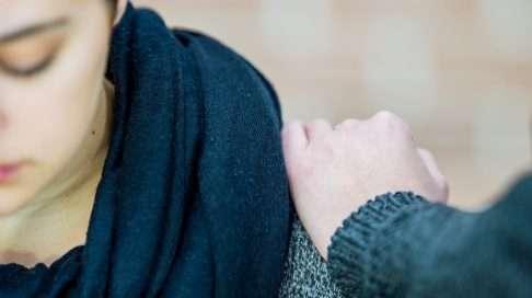 Raskaus saattaa pahentaa mielenterveyden ongelmaa. Foorumiltamme löytyy kohtalotovereita! Kuva: iStock