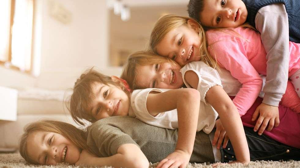 Yksi lapsi vaiko sittenkin viisi? Suunnitelmat lapsiluvusta voivat muuttua moneen otteeseen. Kuva: iStock