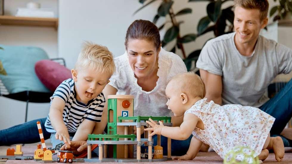 Pienten lasten vanhemmat myös elävät osittain terveellisemmin kuin muut saman ikäiset aikuiset. Kuva: iStock