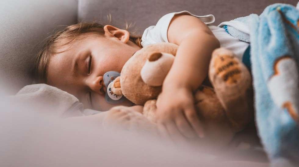 Onko lapsesi unen laatu riittävän hyvä? THL: ja Turun yliopiston tutkimus antaa ensimmäistä kertaa kriteerit pikkulasten hyvälle unelle. Kuva: iStock