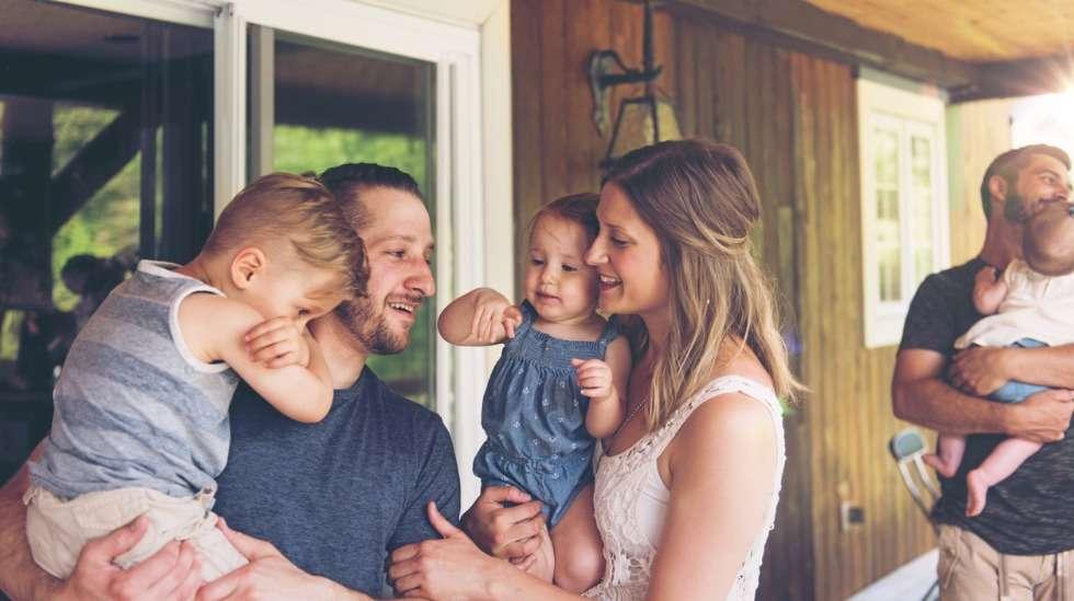 Ajan viettäminen kesämökillä on kestosuosikki sukupolvesta toiseen – olipa mökki sitten oma tai vuokrattu. Kuva: iStock